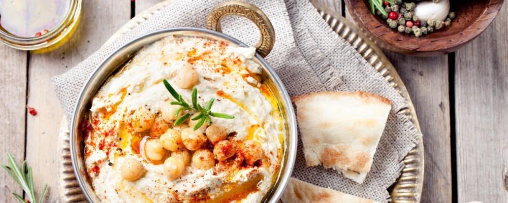 flora-foods-baked-pasta-dinner-plate